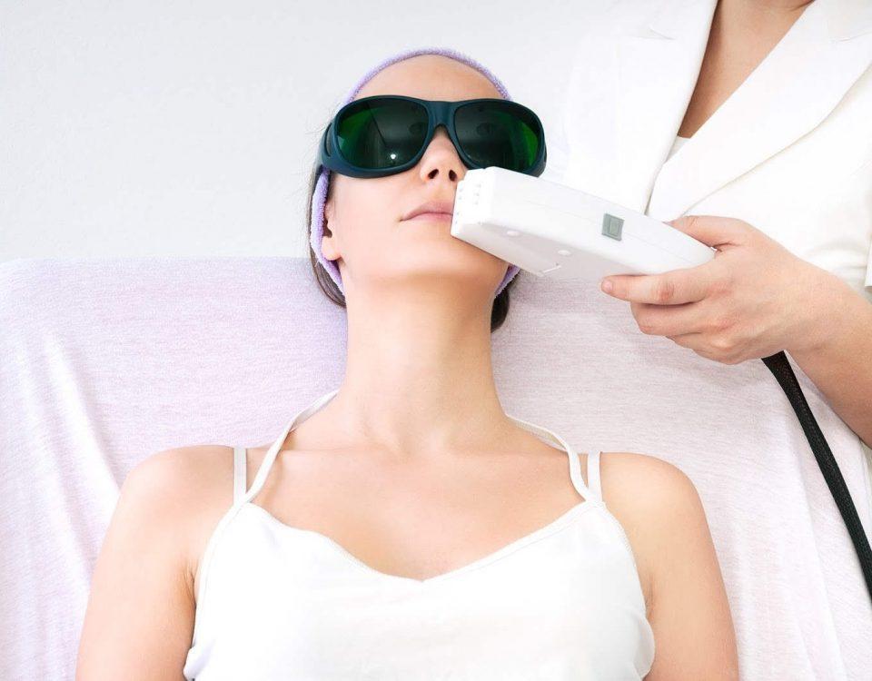 اپیلاسیون با الکترولیز تنها روش از بین بردن دائمی موها